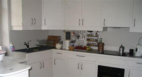 atelier du menuisier cuisine bouton placard cuisine obasinc com