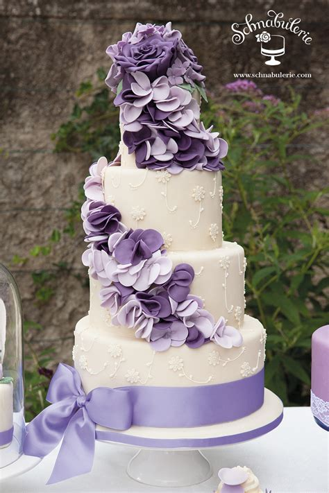 hochzeitstorte lavendel romantische torten f 252 r ihre hochzeit in wien