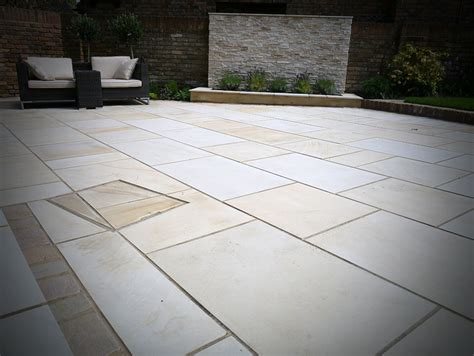 patio paved with sandstone paving in bromley