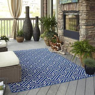 overstock indoor outdoor rugs indoor outdoor intertwined blue rug 5 3 x 7 6