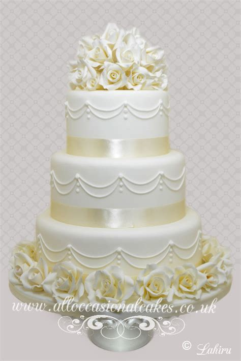 Wedding Cake Uk by New Designer Wedding Cake Gallery