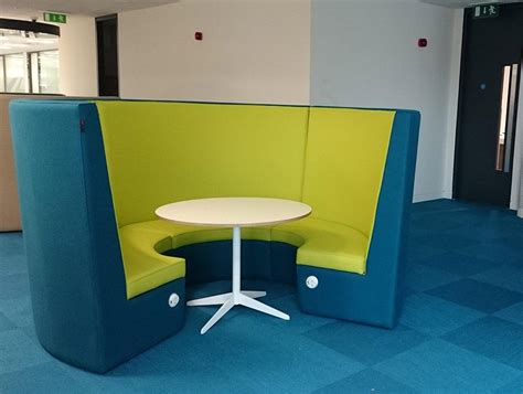 stella acoustic high back meeting pod