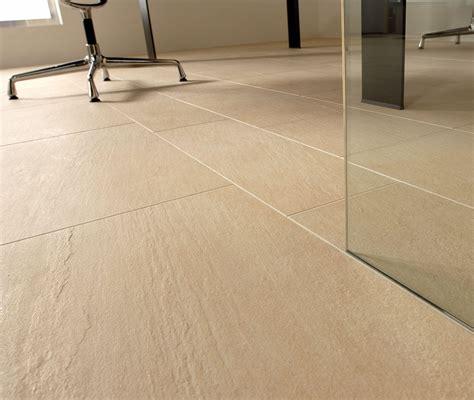 resina per pavimenti prezzo mq pavimenti in resina prezzi al mq excellent resina per