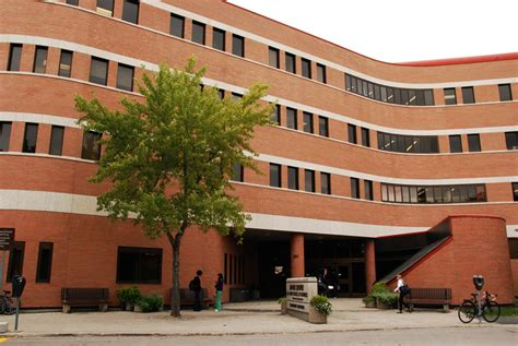 Of Manitoba Mba by Um Today Asper School Of Business Asper Produces Top