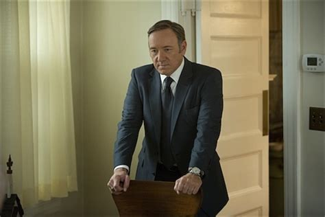 is house of cards good review in the end netflixs house of cards good but not great