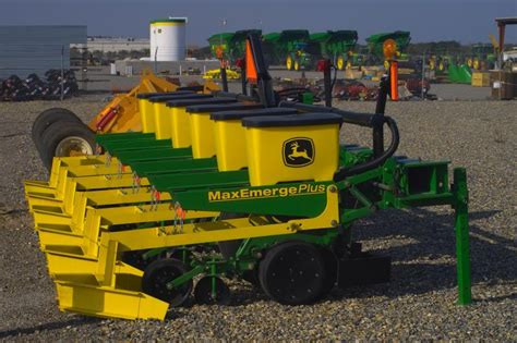 Seed Planter For Sale by Quot Max Emerge Quot Seed Planters For Sale Photo Seng Phomphanh