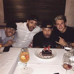 goofing around niall posted a photo of himself with alfredo and their