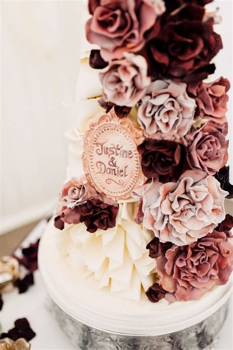 Best 25  Rose Gold and Burgundy Wedding Inspo images on