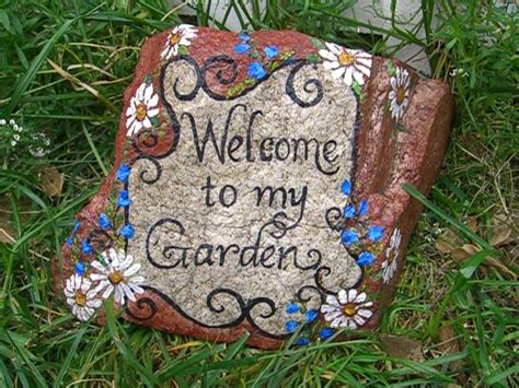 Painted Rocks For Garden Painted Garden Rocks Search Cultivate Your Garden Pinter