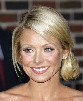 how does kelly ripa get those scrunchy waves in her hair 17 best images about good hair on pinterest ralph lauren