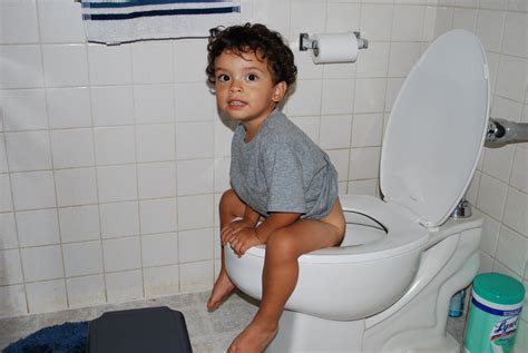 little boy potty training outside potty training a little boy