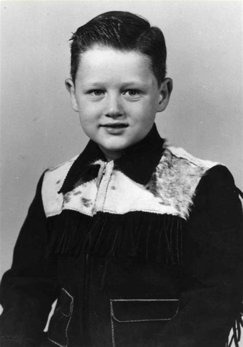 bill clinton s childhood 9 revealing photos of bill clinton mother jones