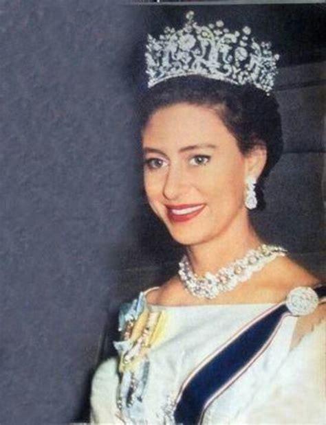 princess margarets poltimore wedding tiara pin by jenn potts on hrh princess margaret pinterest
