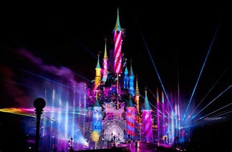 united states disney fireworks display wins 2016 look disney dreams revealed in official