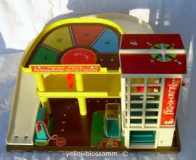 Fisher Price Garage Fisher Price Parking Garage To Learn More About This