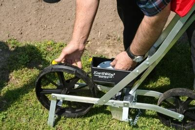 Ruralking Com Giveaway - rural king earthway precision garden seeder giveaway gardening know how s blog