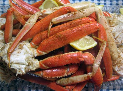 How To Boil Crab Legs by Crab Legs Stuff I Make My Husband