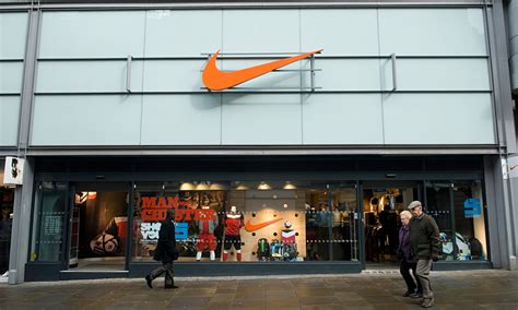 official store nikecom it s official nike rhymes with spiky and you re saying