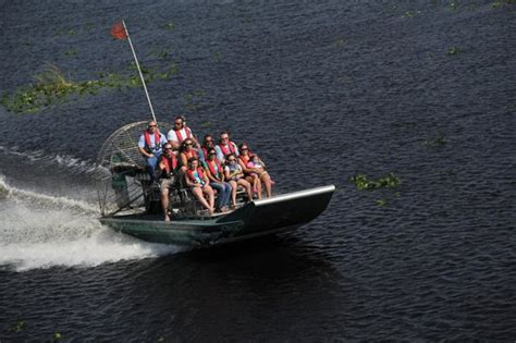 fan boat ride florida florida cracker airboat rides guide service vero beach