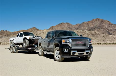 2015 luxury trucks 2015 gmc sierra 2500 denali hd 349979 photo 2 trucktrend com