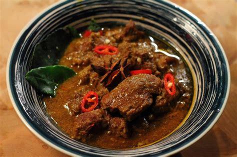 Heat Eat Daging Rendang droomgolven maart 2012
