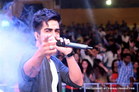 hardy sandhu real home hardy sandhu pictures images