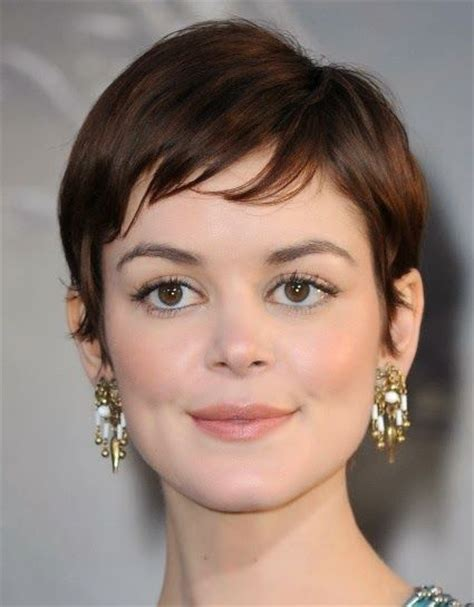short hairstyles for women with square jaw short hairstyles for square faces women hair styles
