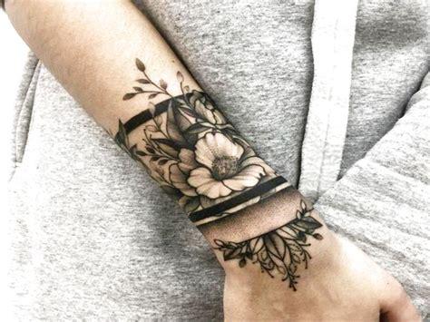 imagenes tatuajes en la muñeca para mujeres tatuajes nuevos y originales para la mu 209 eca del 2017