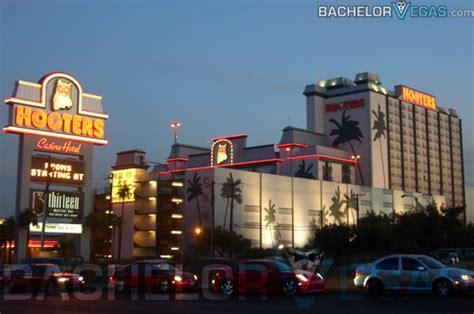 Buy Dining Room Table hooters hotel las vegas bachelor vegas