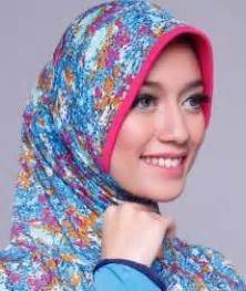 Nyaman Adem Jilbab Instan Moon Pastan Pastan Kerudung Jilbab bergo zoya terbaru dan harganya ide model busana