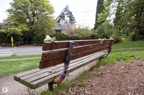kurt cobain bench 13 best images about places i wanna see on pinterest kurt cobain memorial park and