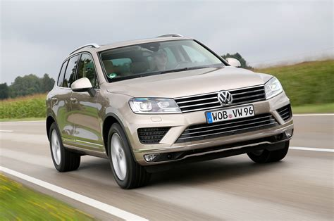 Vw Touareg Tdi Review by Volkswagen Touareg V6 Tdi Scr Bluemotion Technology