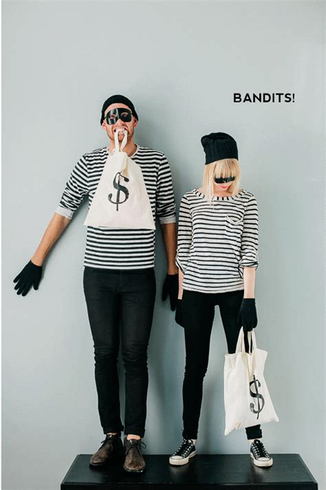 comfortable halloween costume ideas 20 last minute couples costumes say yes