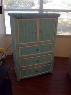 Painting Wicker Bedroom Furniture by Painted Wicker A Wicker Dresser Re Do Great Idea For