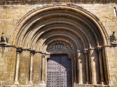 oficina turismo olite c 243 mo visitar el castillo de olite en navarra