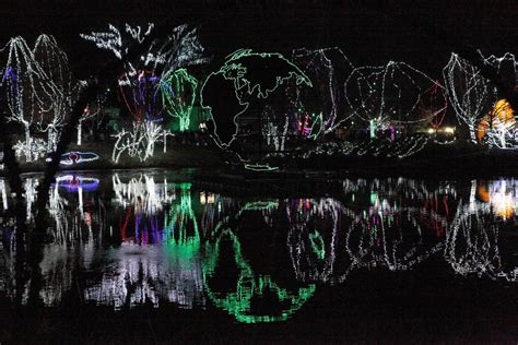 Wildlights At The Columbus Zoo And Aquarium In Columbus Columbus Zoo Lights
