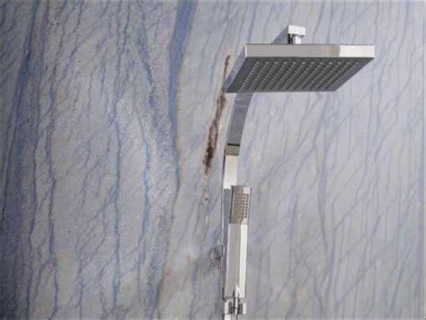 granitfliesen im bad granit fliesen platten arbeitsplatten treppen