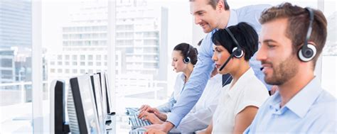 outsourcing it help desk services it help desk outsourcing services the big picture suma