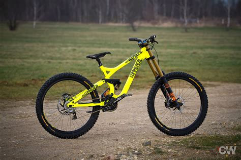 commencal supreme dh v3 commencal supreme dh v3 2015 suechtiger s bike check
