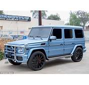 Cool Blue Kylie Jenner Switches Her $233000 Mercedes G Wagon Colour