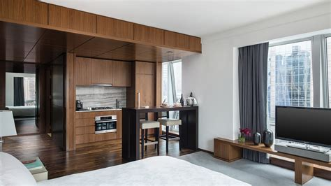 new york hotels with kitchens