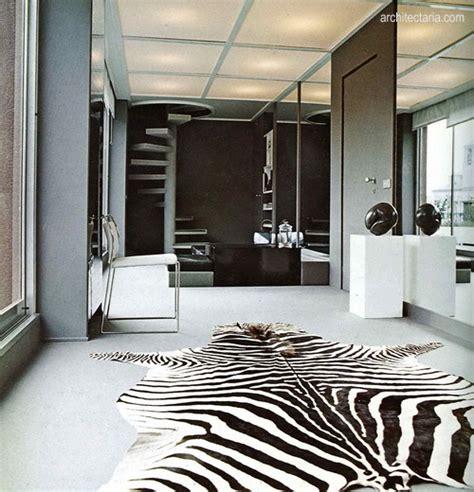 Karpet Motif Zebra mendekorasi kamar tidur dengan motif zebra pt