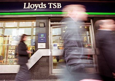 call tsb bank lloyds forced to apologise after call centre fiasco