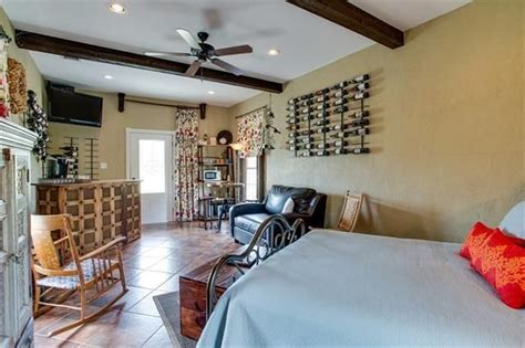 canton bed and breakfast canton bed and breakfast sold texas wine properties