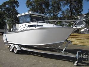 types of boats australia brand new telwater 7 5m aluminium half cabin auction 0002