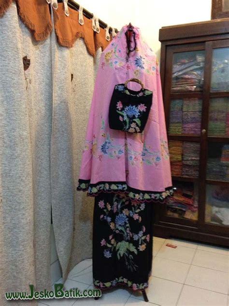 Mukena Kombinasi Batik mukena batik cap bordir m1 02 batik pekalongan by