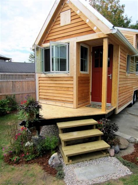tiny houses on trailers tiny house with porch hitch of trailer tiny house pins