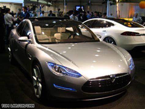 Base Price For Tesla Tesla Rolls Out New Sedan Cnn
