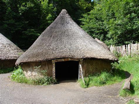 hutte hut the hut helena handbasket