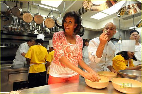 white house kitchen full sized photo of michelle obama white house kitchen garden 02 photo 2001091